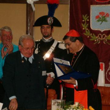 Consegna targa per Papa Giovanni Paolo II